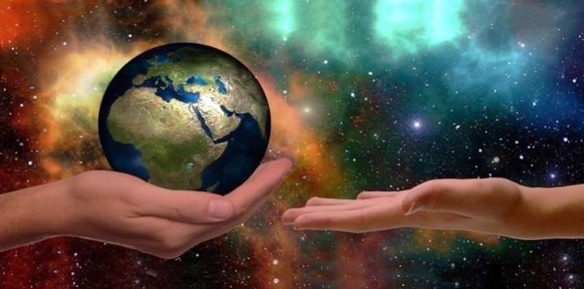 le-sfide-del-presente-e-l-accesso-alla-compassione-3