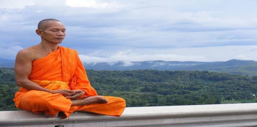 vipassana-una-meditazione-alla-portata-di-tutti-2
